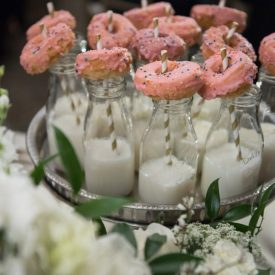 lola-event-productions-chicago-reception-donuts